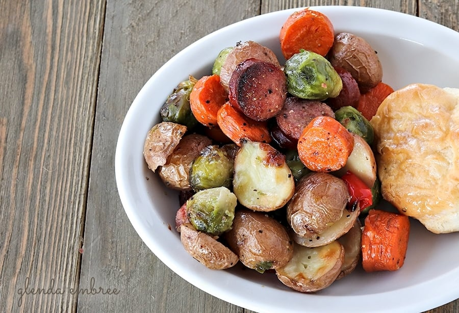 sheet pan sausage and roasted veggies