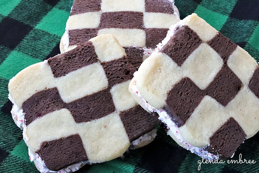 checkerboard sandwich cookie