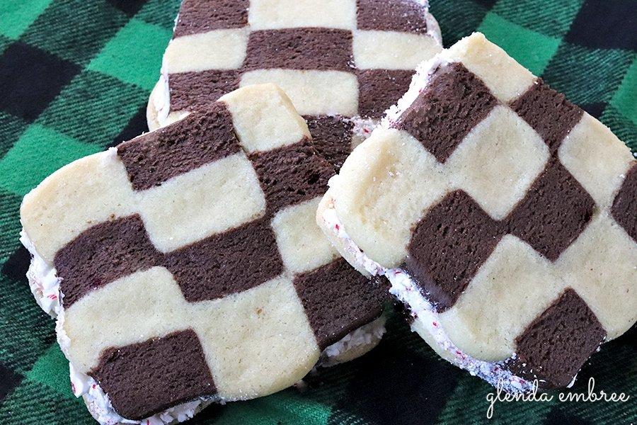 checkerboard sandwich cookie